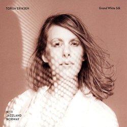 Grand White Silk - Torun Eriksen